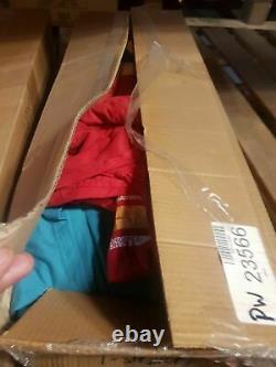 Box of Wholesale Grade A Vintage Converse and Vans Shoes, 16kg (37lb), approx 22
