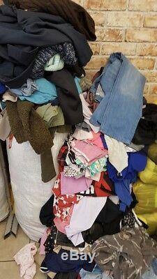 SECOND HAND CLOTHES GRADE A and Cream (4 seasons) £1,20 Per Kilo